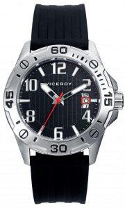 Reloj con correa de plástico
