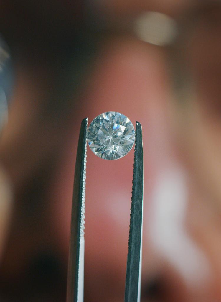 diferenciacirconitadiamante