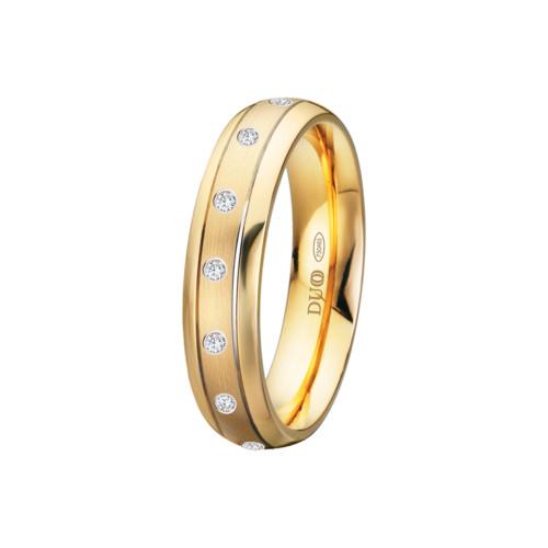 alianza-boda-oro-amarillo-ovalada-ranuras-laterales-diamantes-centro