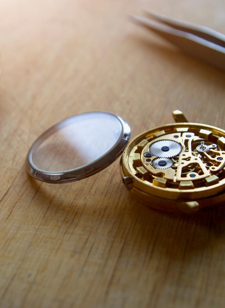 cambio-limpieza-reloj-cristales-valencia